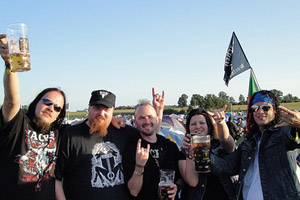 Metalheads from Australia, Portugal and Brazil